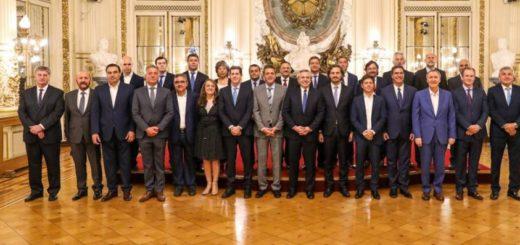 Alberto Fernández recibió a los gobernadores y suspendió por un año el pacto fiscal