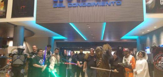 """Star Wars, """"El ascenso de Skywalker"""" reunió aficionados, coleccionistas y cosplayers en el IMAX del Conocimiento"""
