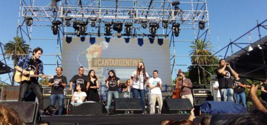 """#CantArgentina: más de 300 ciudades homenajearon la solidaridad cantando """"Inconsciente Colectivo"""" de Charly García"""