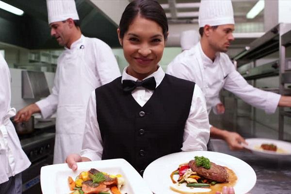 Desde AMHBRA aseguran que aumentó la demanda en el sector de bares, hoteles y restaurantes en Misiones