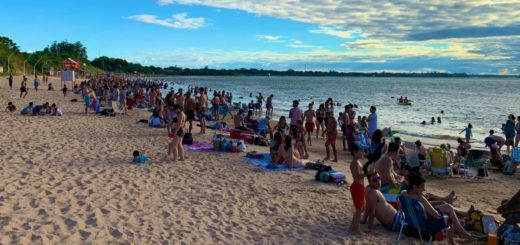 Ituzaingó: miles de turista eligieron las playas correntinas para descansar el primer día del 2020