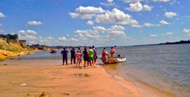 Tragedia: un niño, su mamá y un joven murieron ahogados en el río Paraná