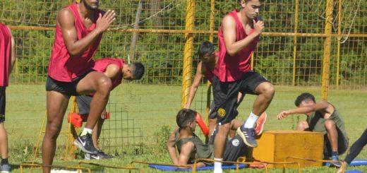 Fútbol: Crucero continúa con los trabajos de pretemporada
