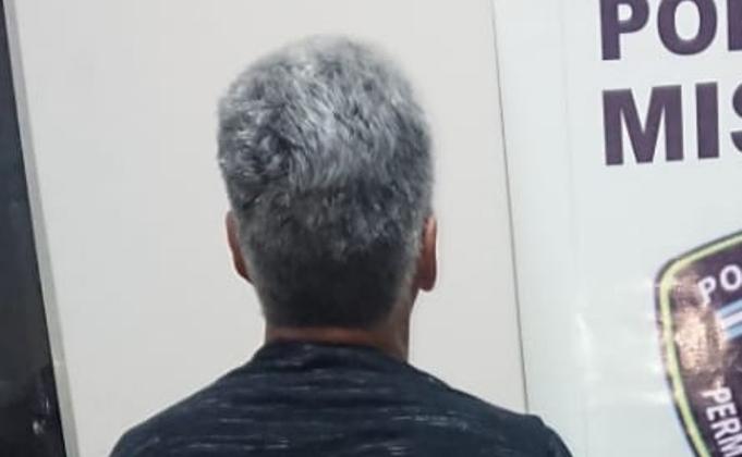 Violento intentó prender fuego a su pareja, incendiar su casa y fue detenido por la Policía en Posadas
