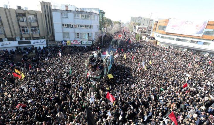 Tragedia: una estampida dejó al menos 35 muertos en el funeral del general Soleimani en Irán