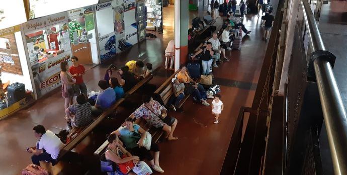 Intenso movimiento en la terminal de Posadas: Retiro y Brasil los destinos que tienenmás pasajeros