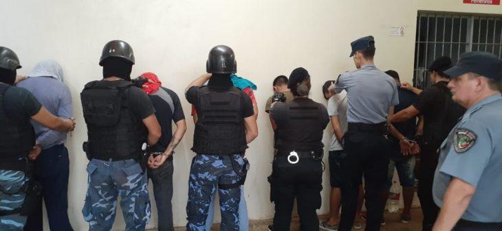 Desbaratan bandas de «piratas delasfalto» en Eldorado: operaban vestidos de Policía Federales