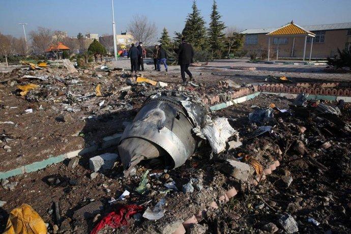 Por temor a derribos, dos aerolíneas cancelan sus vuelos a Irán