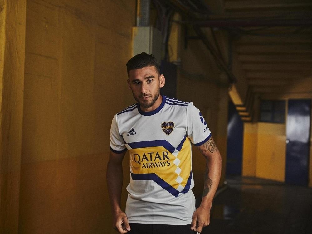 Las nuevas camisetas de Boca ya son oficiales: video y fotos del lanzamiento