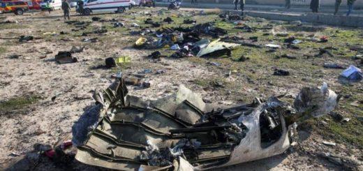 """Irán admitió haber derribado el avión de pasajeros ucraniano por un """"error humano"""""""