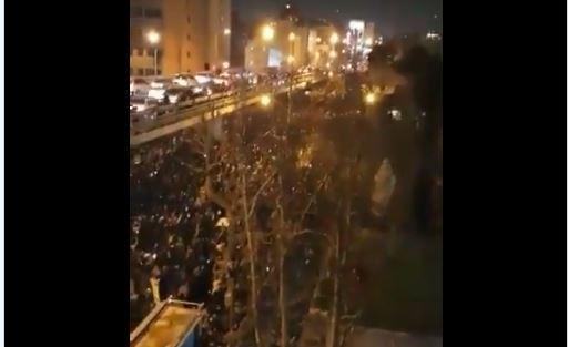 Protestas en Irán tras conocerse que el Ejército derribó el avión ucraniano