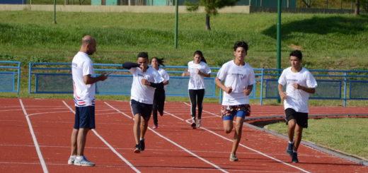 Integrantes del equipo de Lucha Olímpica se entrena en el CePARD