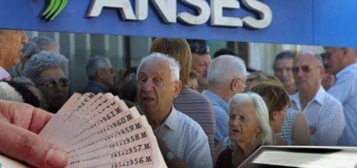 Advierten a los bancos que tienen que devolver los descuentos en la primera cuota del bono pagado por Nación y no tocar la segunda