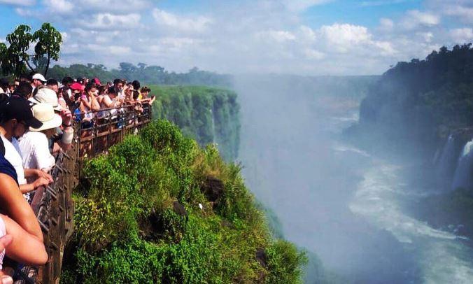 Cataratas cierra la primera quincena de 2020 con casi 100 mil visitas