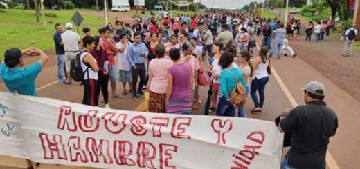 """""""Trabajadores en plan de lucha contra el ajuste"""" cortaron la Ruta 12 en el acceso a Montecarlo"""