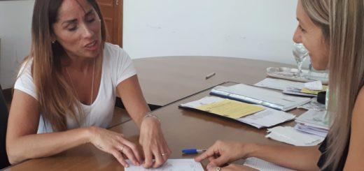 """""""Vamos a articular políticas públicas junto a los municipios y empoderar los proyectos que vengan de ellos"""", dijo la subsecretaria de la Mujer y la Familia"""