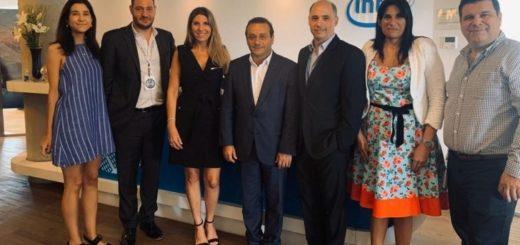 Los gigantes Amazon e Intel, se reunieron  con Oscar Herrera Ahuad para profundizar la  Innovación  tecnológica en Misiones