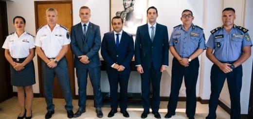 Oscar Herrera Ahuad puso en funciones a las nuevas autoridades policiales