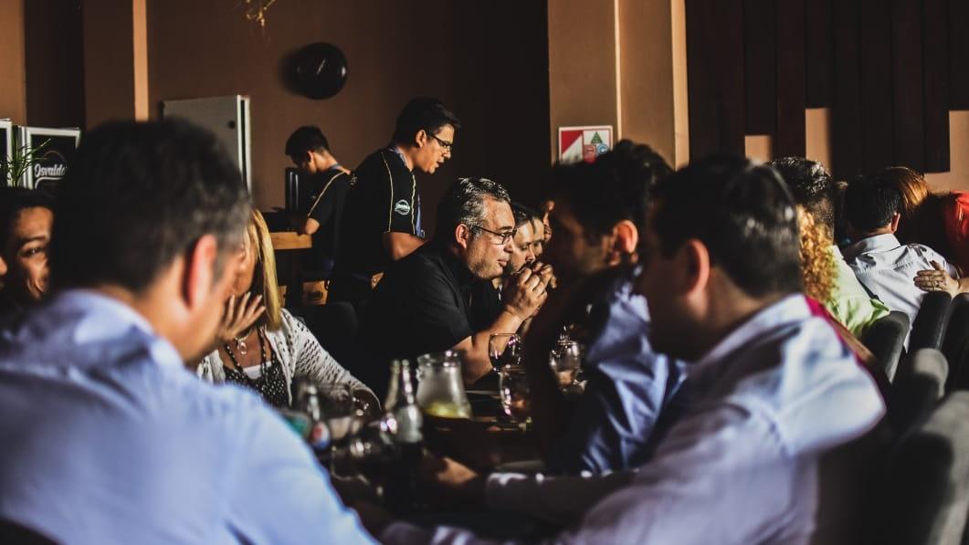 Osvaldo's Chicken Restó te ofrece las opciones más ricas y una atención de excelencia para que disfrutes del mejor servicio