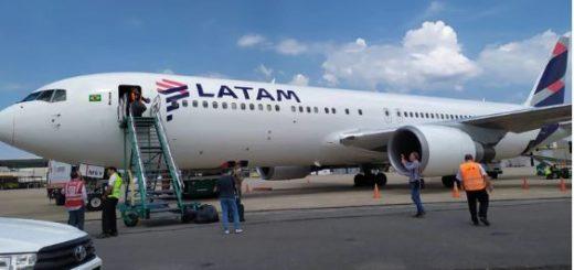 Dos aerolíneas señalaron cómo evitar el recargo del 30 por ciento en la compra de pasajes