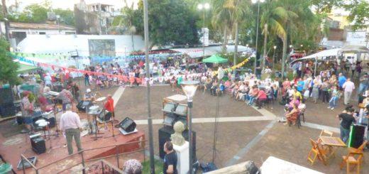 """Cientos de personas celebraron el """"Día Nacional del Músico"""" en el """"Paseo Bosetti"""""""