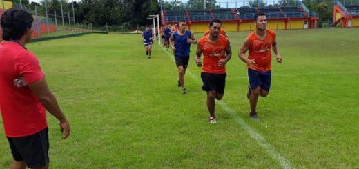 Fútbol: Nacional de Puerto Piray tiene técnico nuevo ante la reciente salida  de Diego Ensina