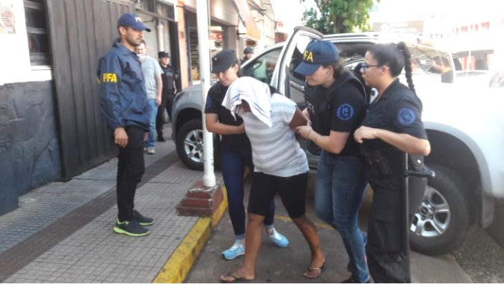 """La Policía Federal desmanteló un """"kiosco"""" de cocaína en el barrio A4 de Posadas"""