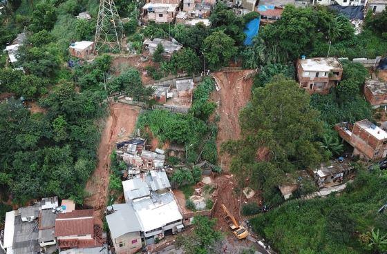 Un temporal en Brasil dejó al menos 30 muertos y personas desaparecidas