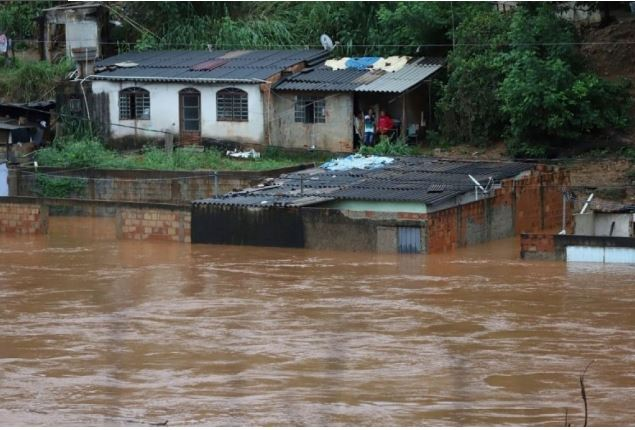 Brasil: 53 muertos y 19 desaparecidos por las fuertes tormentas