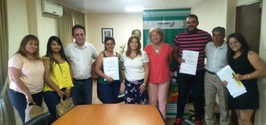 Cooperativas de trabajo de Posadas recibieron las matrículas habilitantes para el ejercicio profesional