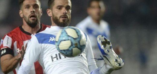 Superliga:  Vélez recibe a Aldosivi con la necesidad de ganar para acercarse a River