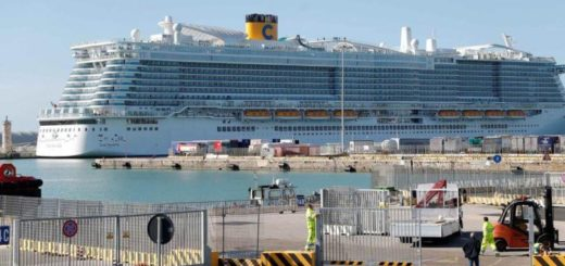 Descartan casos de coronavirus en el crucero varado en Italia y autorizan el desembarco de los pasajeros