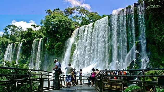 Cataratas cerró enero con récord de visitantes