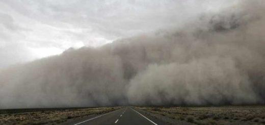 Temporal de viento causó destrozos en Puerto Madryn: con ráfagas que superaron los 100 kilómetros por hora