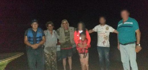 Puerto Iguazú: Policías y guardaparques socorrieron a una familia que estuvo a la deriva en el Lago Urugua-Í