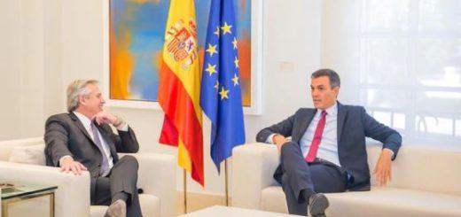 Alberto Fernández se reunió con Pedro Sánchez en el Palacio de la Moncloa