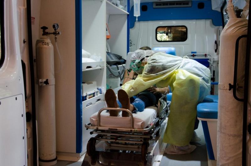 Alerta coronavirus: mientras en Fátima se disparaba la falsa alarma, en Iguazú simularon un caso en el Aeropuerto