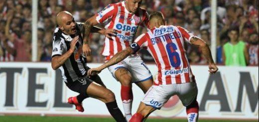 Unión le ganó 3-0 a Atlético Mineiro en su debut en la Copa Sudamericana