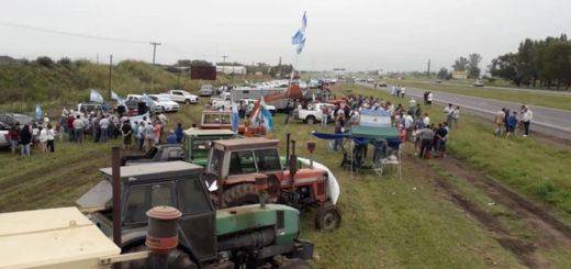 Productores se movilizaron para presionar a la Mesa de Enlace en su diálogo con el Gobierno