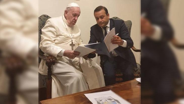 Análisis semanal: el hilo que une la semana de Alberto Fernández con los líderes europeos y la de Oscar Herrera Ahuad con el Papa Francisco