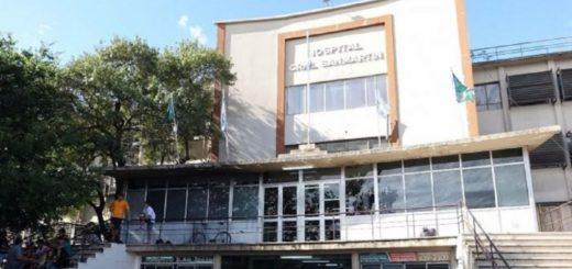 Murió la joven que fue quemada en su casa en Almirante Brown: su novio está detenido