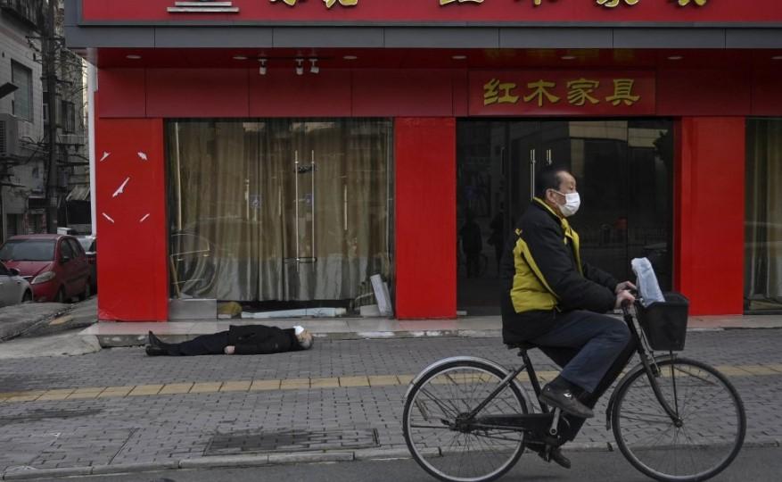 Desaparecieron dos periodistas chinos que cubrían la problemática del coronavirus