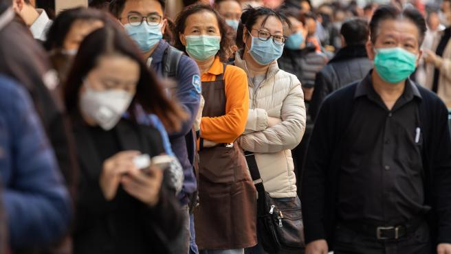 Ya son más de mil los muertos por coronavirus, pero bajó el número de nuevos casos