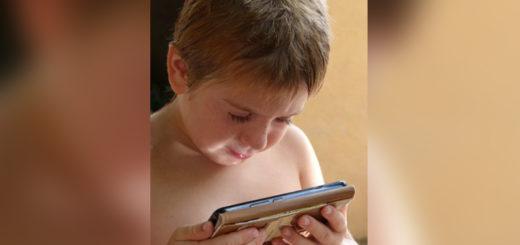 Argentina es el país de la región en la que más temprano los niños acceden a un celular