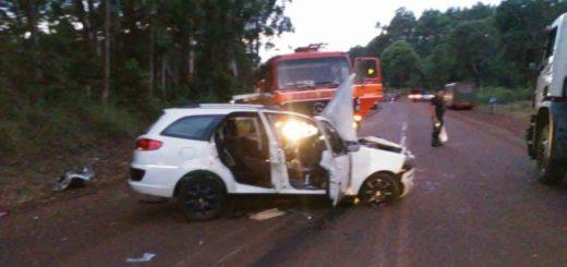 En 9 de Julio, un camión y un colectivo chocaron y dos autos volcaron intentando esquivar el siniestro