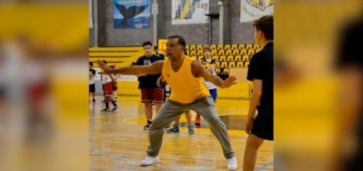 """Oscar """"Huevo"""" Sánchez participará de un Campus de básquet en Posadas"""