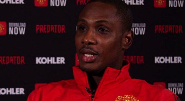 Un jugador del Manchester United está en cuarentena por coronavirus