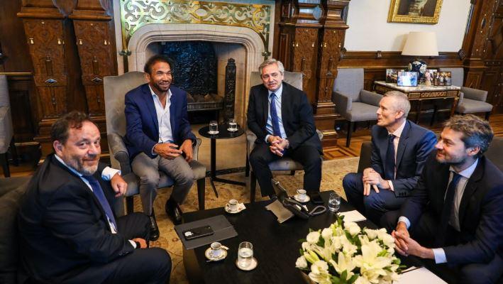 El dueño del Four Seasons de Argentina invertirá 100 millones de dólares en el país y construirá dos hoteles en Misiones