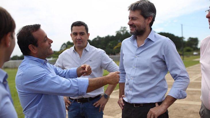 El Gobierno argentino y Air Europa acuerdan mantener el vuelo Madrid – Iguazú hasta septiembre