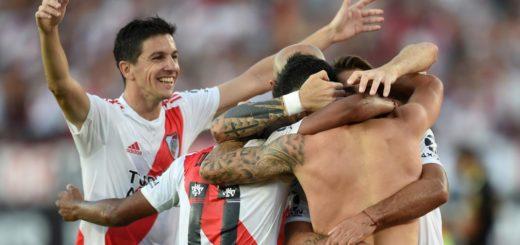 River quiere consolidarse como líder de la Superliga frente a Banfield: hora, tv y formaciones